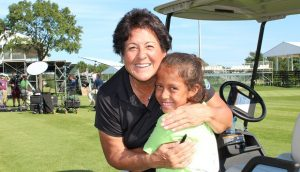 Nancy Lopez with unnamed girl at Lake County Golf Course