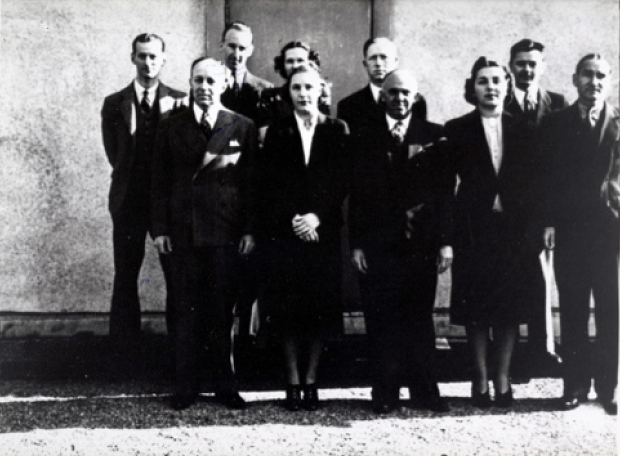Because UL managed its finances carefully during the Depression, three facilities actually underwent expansion during the 1930s. Here, ca. 1936-1937, a group of employees stands outside the new San Francisco office on Sansome St.