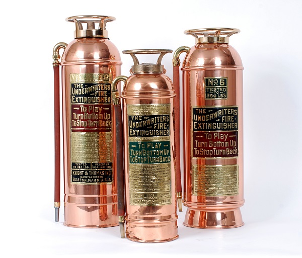 Examples of fire extinguishers with UL labels from as early as 1910